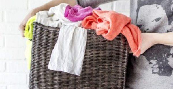 6 Λάθη που δεν Ξέρατε ότι Κάνετε στο Πλύσιμο Ρούχων στο Πλυντήριο