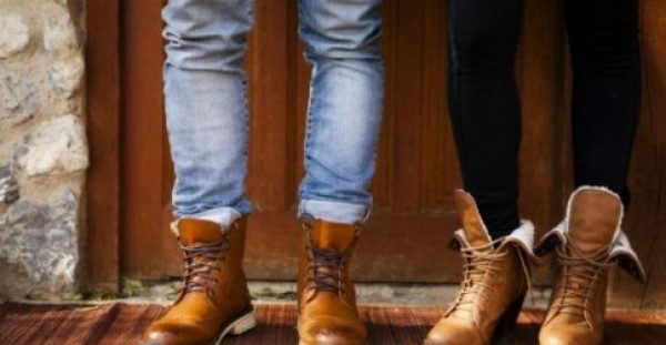 Δερμάτινα Παπούτσια: Κάντε τα να Λάμψουν με Αυτό το Tip!