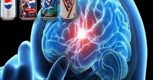Τα light αναψυκτικά ΤΡΙΠΛΑΣΙΑΖΟΥΝ τον κίνδυνο εγκεφαλικού και άνοιας απ' ό,τι τα ζαχαρούχα