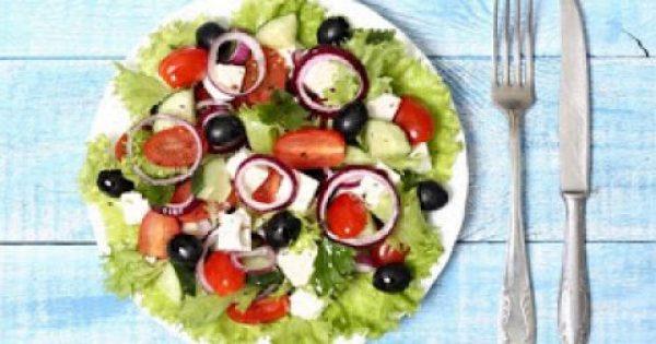 Εύκολα καλοκαιρινά γεύματα για τις διακοπές (κι όχι μόνο)