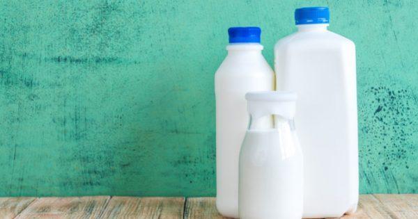 Δείτε ποιο γάλα προστατεύει από αλλεργίες και άσθμα – Είναι όμως και ασφαλές;