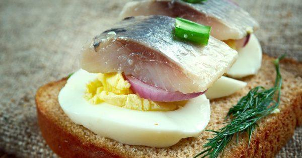 New Nordic Diet: Γιατί μιλούν όλη γι' αυτή; Δείτε τι περιλαμβάνει