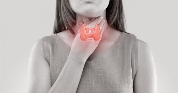 Θυρεοειδής: 9 συμπτώματα που δεν πρέπει να αγνοήσετε!!!