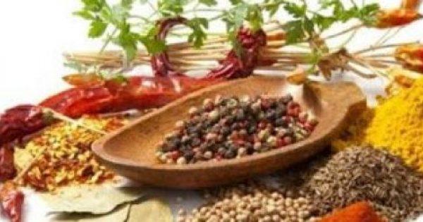Τα «γιατροσόφια» της γιαγιάς με βότανα και μπαχαρικά