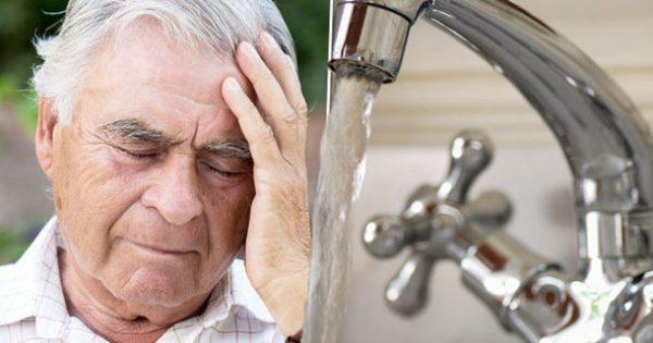 Το νερό της βρύσης συνδέεται με το Αλτσχάιμερ! Τι βρήκαν οι επιστήμονες