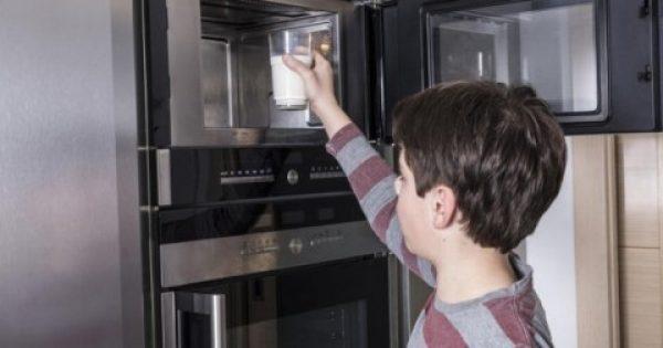Κίνδυνος! Δώδεκα τροφές που δεν πρέπει να μπουν σε φούρνο μικροκυμάτων