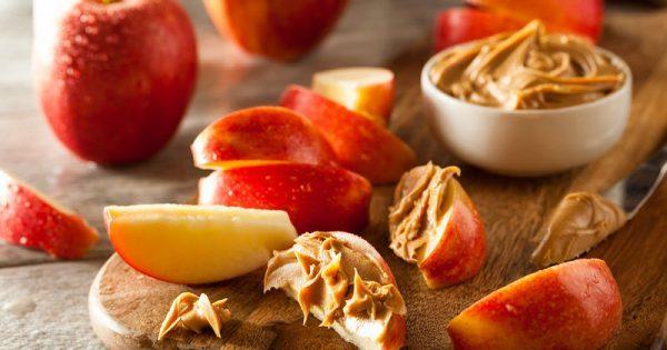 Διατροφή: 8 χορταστικά σνακ με ελάχιστες θερμίδες (φωτογραφίες)