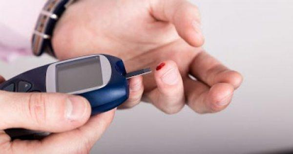 Υψηλό σάκχαρο στο αίμα: 5 απλές διατροφικές αλλαγές για να το μειώσετε