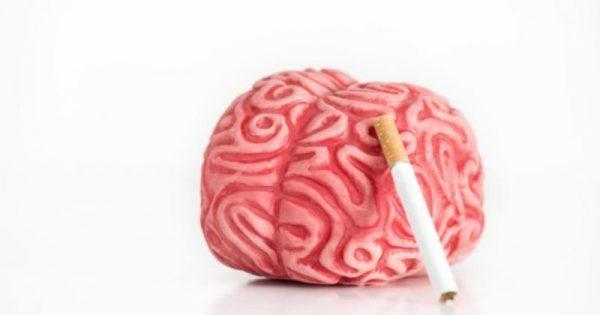Όσο περισσότερο καπνίζει κανείς, τόσο αυξάνεται ο κίνδυνος εγκεφαλικού πριν από τα 50!!!