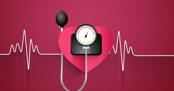 Παγκόσμια Ημέρα Υπέρτασης: Οι κίνδυνοι για την υγεία από την ανεβασμένη πίεση
