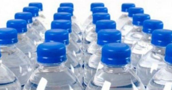 Πλαστικά μπουκάλια: όλα όσα δεν γνωρίζετε γι αυτά – Μετά από αυτό το άρθρο δεν θα θέλετε να ξαναπιείτε από αυτά