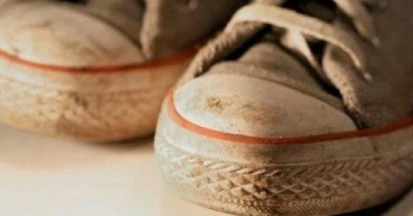 Θέλετε να καθαρίσετε τα αθλητικά παπούτσια σας; Δεν φαντάζεστε ποιο υλικό θα τα κάνει σαν καινούργια…