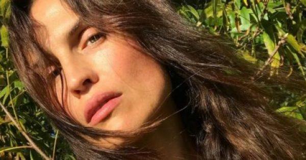 Το μυστικό ομορφιάς αυτής της 44χρονης διαρκεί 30 δευτερόλεπτα και μπορείς να το ακολουθήσεις κι εσύ