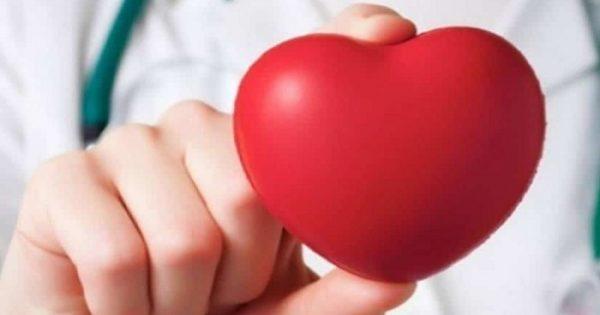 Δεν τρως πρωινό και δείπνο; Τι προκαλεί αυτό στην καρδιά σου;