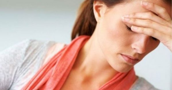 Πονοκέφαλος: Πέντε λύσεις που ανακουφίζουν αμέσως
