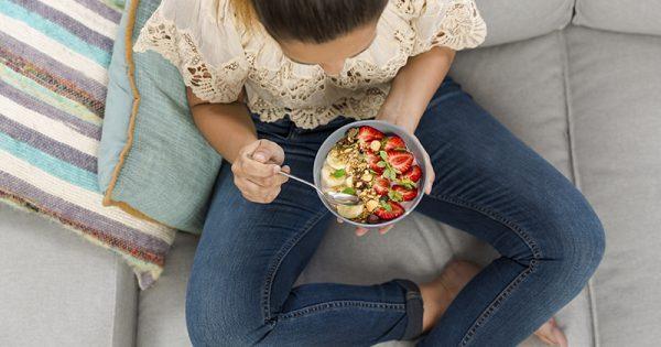 Τι κερδίζετε αν καθυστερήσετε να φάτε το πρωινό σας