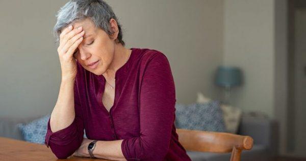 Πονοκέφαλος: 5 φυσικοί τρόποι για να ανακουφιστείτε