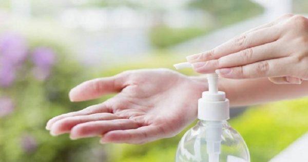 Σχεδόν όλοι πλένουμε τα χέρια μας λάθος: Δείτε τι δεν κάνουμε