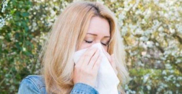 Τροφές που μετριάζουν τα συμπτώματα των εποχικών αλλεργιών