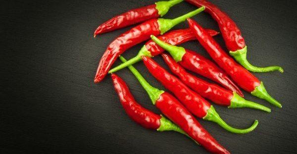 Καυτερές πιπεριές: Γιατί βοηθούν στο αδυνάτισμα;