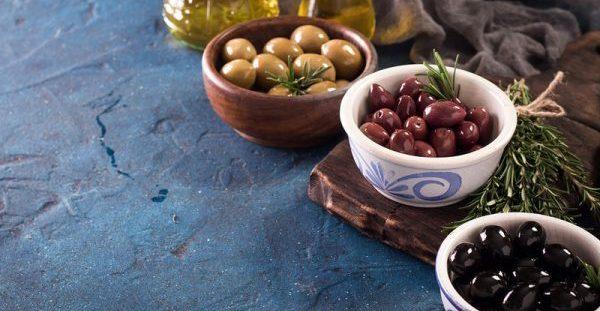Η υψηλή θρεπτική αξία της νόστιμης ελιάς