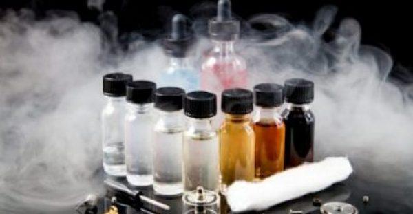 Τοξικές οι αρωματικές ουσίες στα ηλεκτρονικά τσιγάρα – Ποιες είναι οι πιο επικίνδυνες!!!