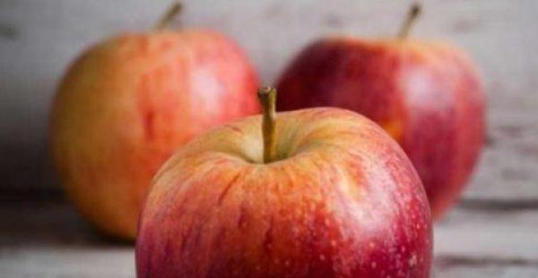 Ένα μήλο την ημέρα προστατεύει από 5 μορφές καρκίνου