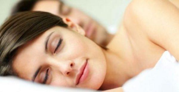 Οι 5 χειρότερες τροφές για να φάτε πριν κοιμηθείτε