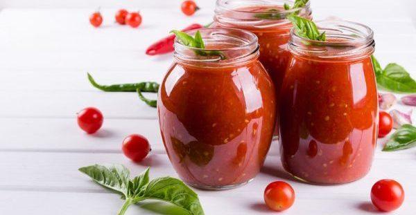 Ωμή vs μαγειρεμένη ντομάτα: Πώς να την προτιμάτε και γιατί