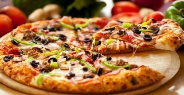 Φτιάξτε την πιο Τραγανή Ζύμη Πίτσας με 2 Υλικά Μόνο!