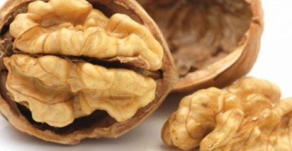 Φάτε 5 καρύδια και περιμένετε για 4 ώρες – Θα εκπλαγείτε με το αποτέλεσμα