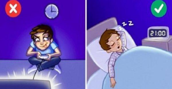 Αυτά τα 8 Πράγματα  ΑΠΑΓΟΡΕΥΟΝΤΑΙ πριν τον ύπνο γιατί μας Παχαίνουν. Δυστυχώς ΟΛΟΙ τα Κάνουμε..