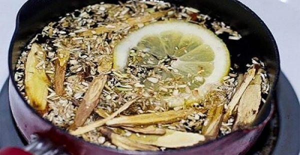 Εξαιρετικό σπιτικό σιρόπι για το βήχα που απομακρύνει τα φλέγματα από τους πνεύμονες σας