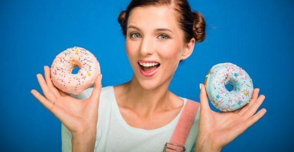 Απολαυστικά γλυκά χωρίς θερμίδες που βοηθούν στο αδυνάτισμα