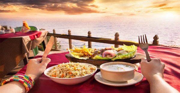 Μην φας ΠΟΤΕ αυτές τις 7 τροφές πριν πας παραλία! Δες τι σου προκαλούν!